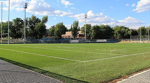 campo de rugby los arbolitos Vallecas 00 - CAMPO DE RUBGY ENTREVIAS ARBOLITOS